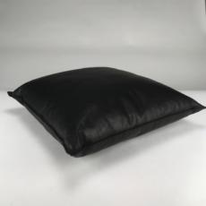 raw edges 50x50 - black